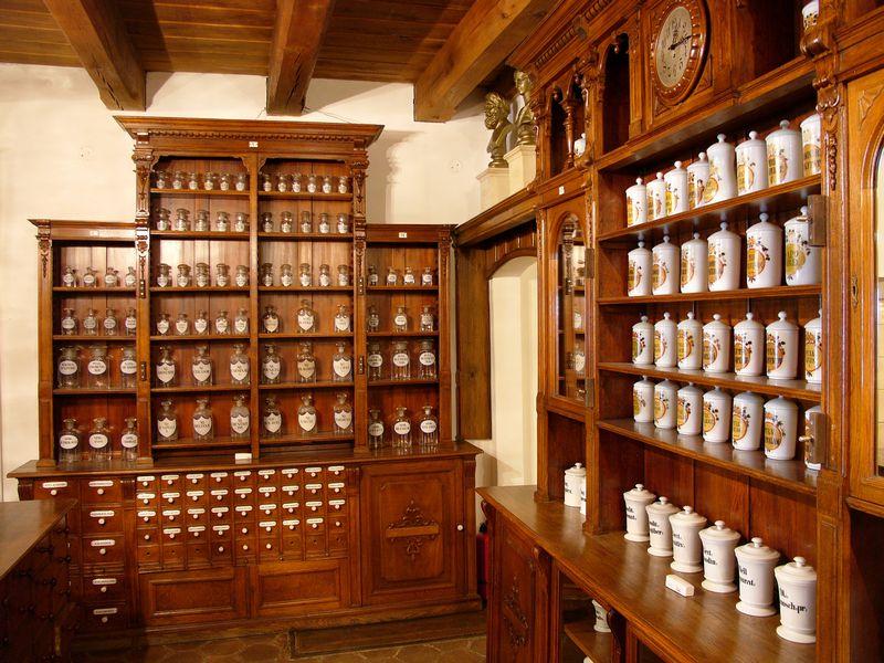muzeul_farmacie_1