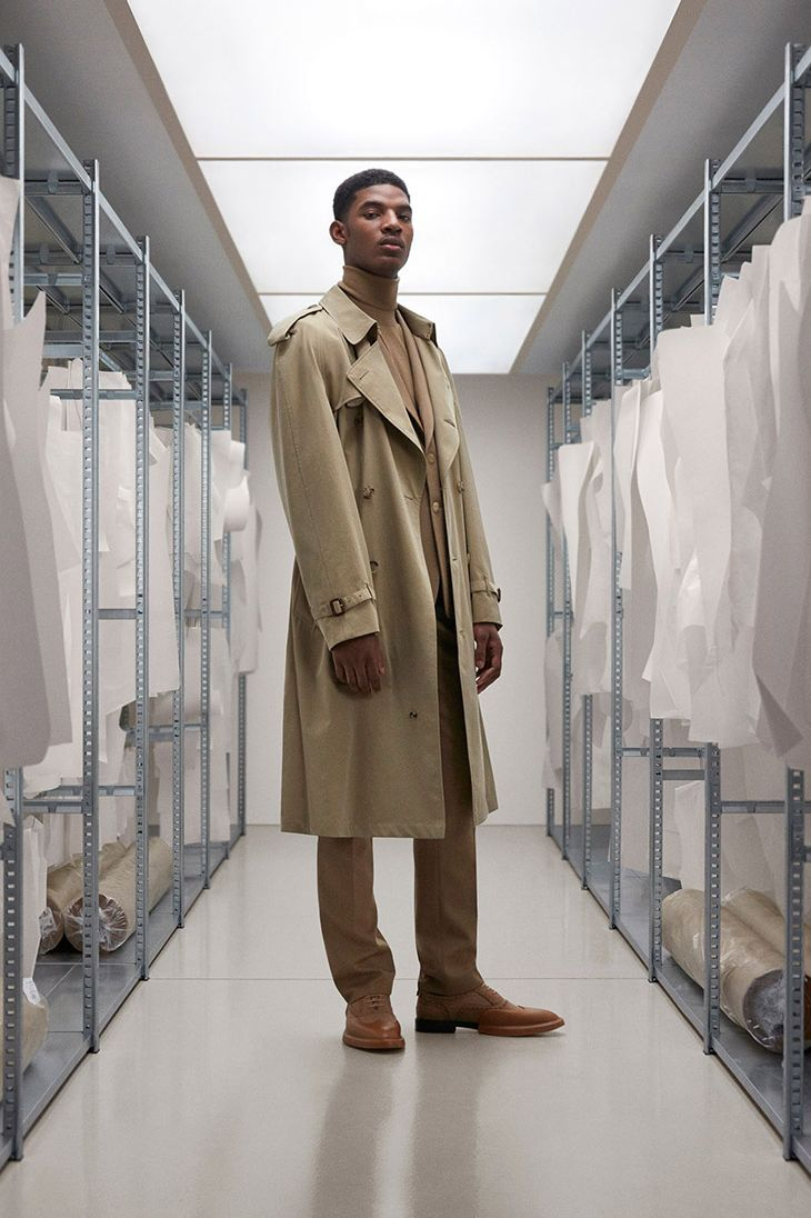 reece-nelson-burberry-trench-ss20-05-1593005784