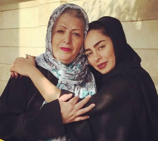 سمانه-پاکدل-و-مادرش