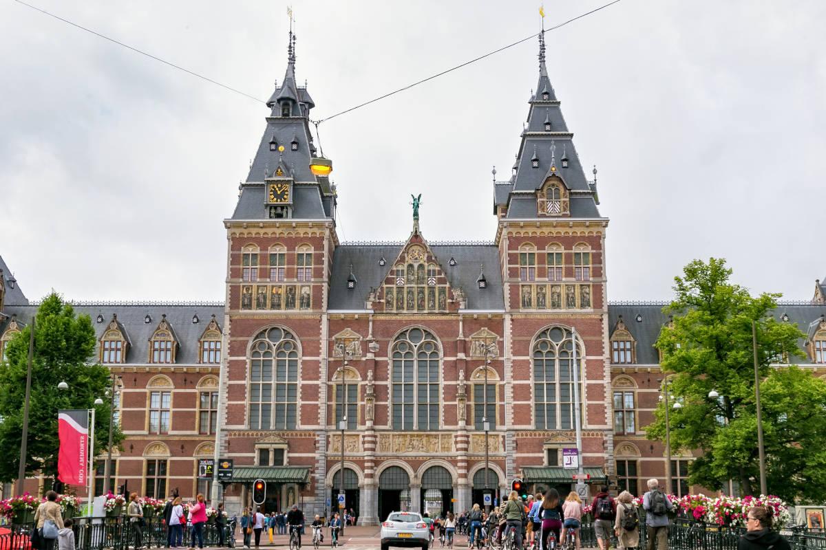 fachada-rijksmuseum