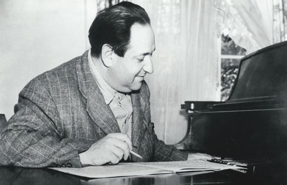 بررسی آثار موسیقی فیلم اِریش ولفگانگ کُرنگُلد در نیاوران