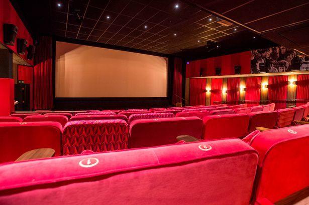 کدام فیلم بیشترین فروش را داشته است؟