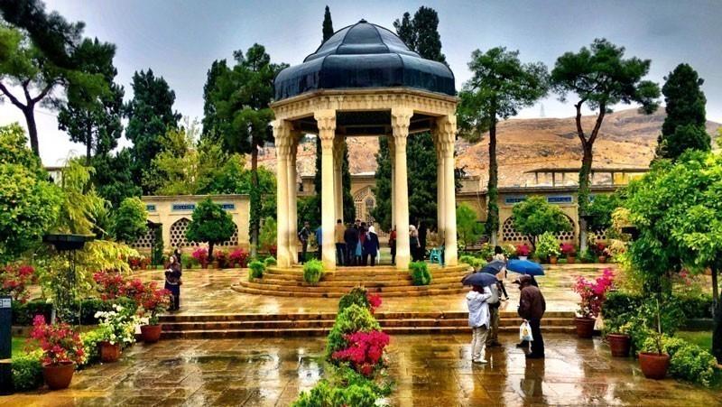 توسعه زیر ساختهای اقتصاد هنر در شیراز