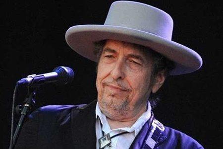 باب دیلن به سوءاستفاده جنسی از یک دختر در سال ۱۹۶۵ متهم شد