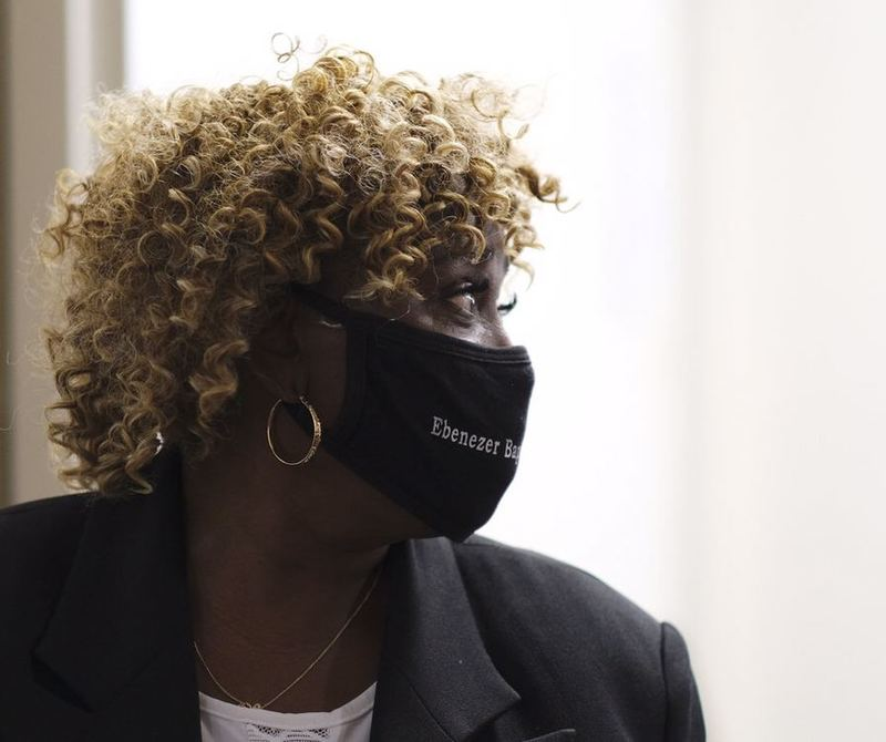 هواداران «بورات۲» برای پرستار فیلم ۷۰ هزار دلار کمک مالی جمعآوری کردند