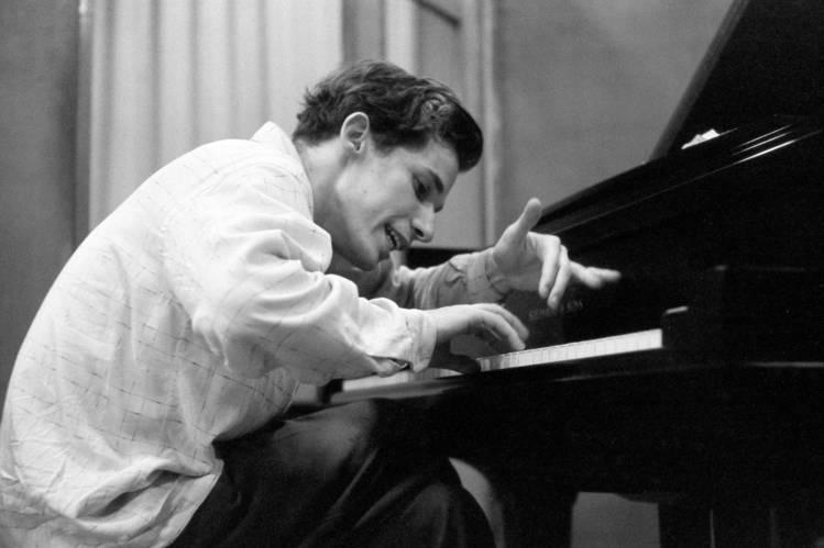 بهترین پیانیستهای جهان را بشناسید