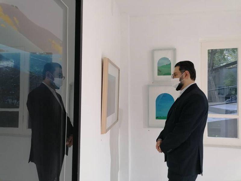 معاون هنری وزارت فرهنگ از آثار جلال شباهنگی و احمد وکیلی دیدن کرد