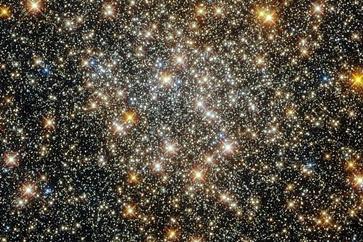 هابل از «خوشه ستارهای کروی» در عمق کهکشان راهشیری عکسبرداری کرد