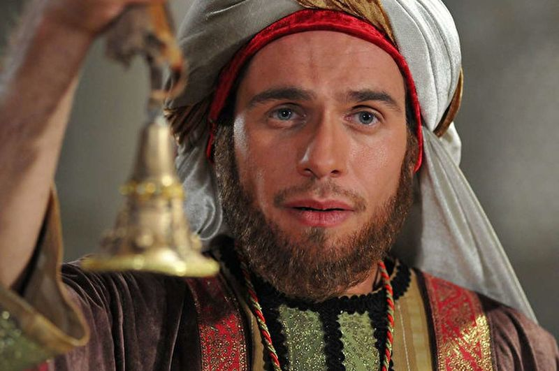 همزمان با روز تاسوعا نسخه قاچاق فیلم «رستاخیز» منتشر شد